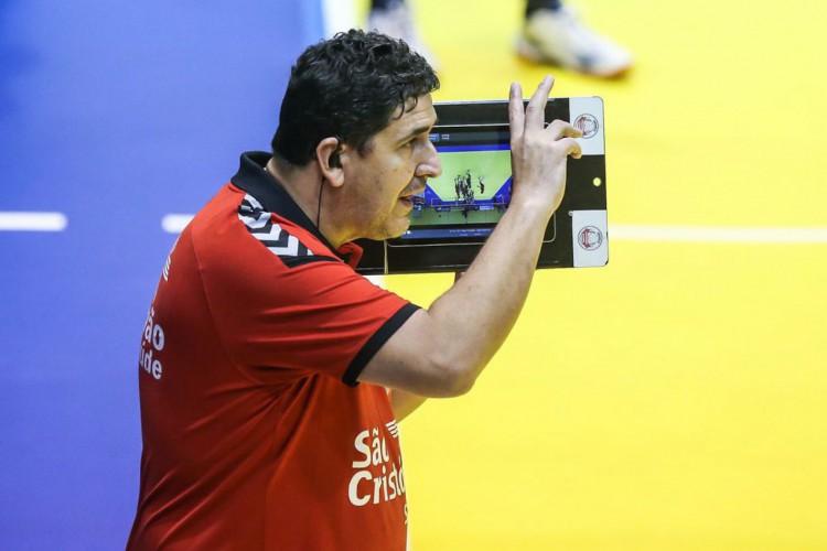 Covid-19: Luizomar recebe alta depois de 12 dias internado (Foto: )