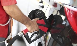 FORTALEZA,CE, BRASIL, 15.02.2021: Aumento no preços dos combustíveis.  (Fotos: Fabio Lima/O POVO)
