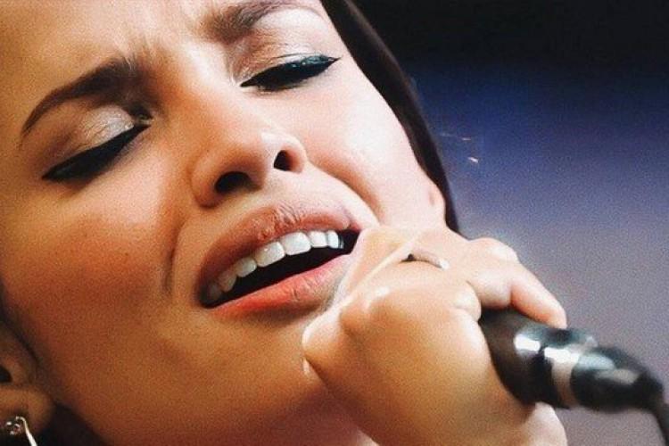 Música popular brasileira (MPB) e canções regionais são os gêneros favoritos da paraibana Juliette, diz amiga (Foto: Reprodução/Rede Globo)