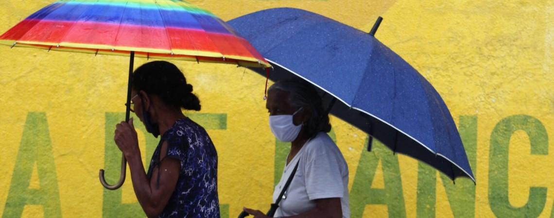 Fim de semana deve ser nublado e de chuvas no Ceará. (Fotos: Fabio Lima/O POVO) (Foto: FABIO LIMA)