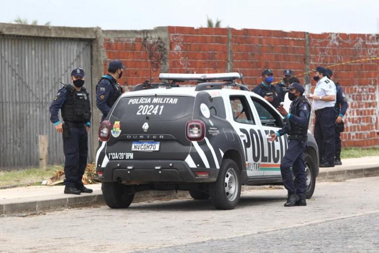 Até o momento, quatro corpos foram encontrados na região da Vila do Mar, em Fortaleza (Foto: Fábio Lima/O  Povo)