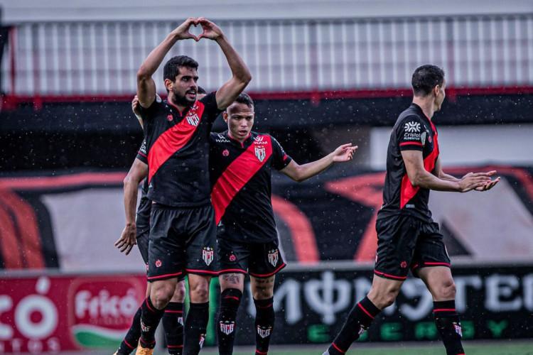 Atlético-GO vence Aparecidense e chega à final do Estadual (Foto: Heber Gomes)