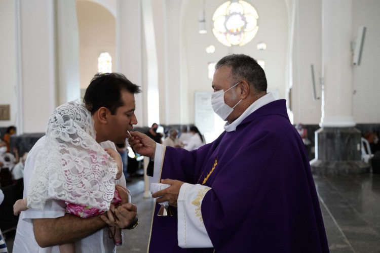 Missa de abertura da Quaresma de 2021 (Foto: Julio Caesar /OPOVO)