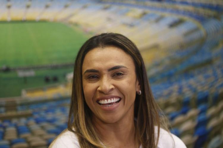 A jogadora de futebol Marta (Marta Vieira da Silva), atacante eleita melhor do mundo seis vezes pela Fifa, é a primeira mulher a entrar para o Hall da Fama do estádio do Maracanã, no Rio de Janeiro. (Foto: Fernando Frazão/Agência Brasil)