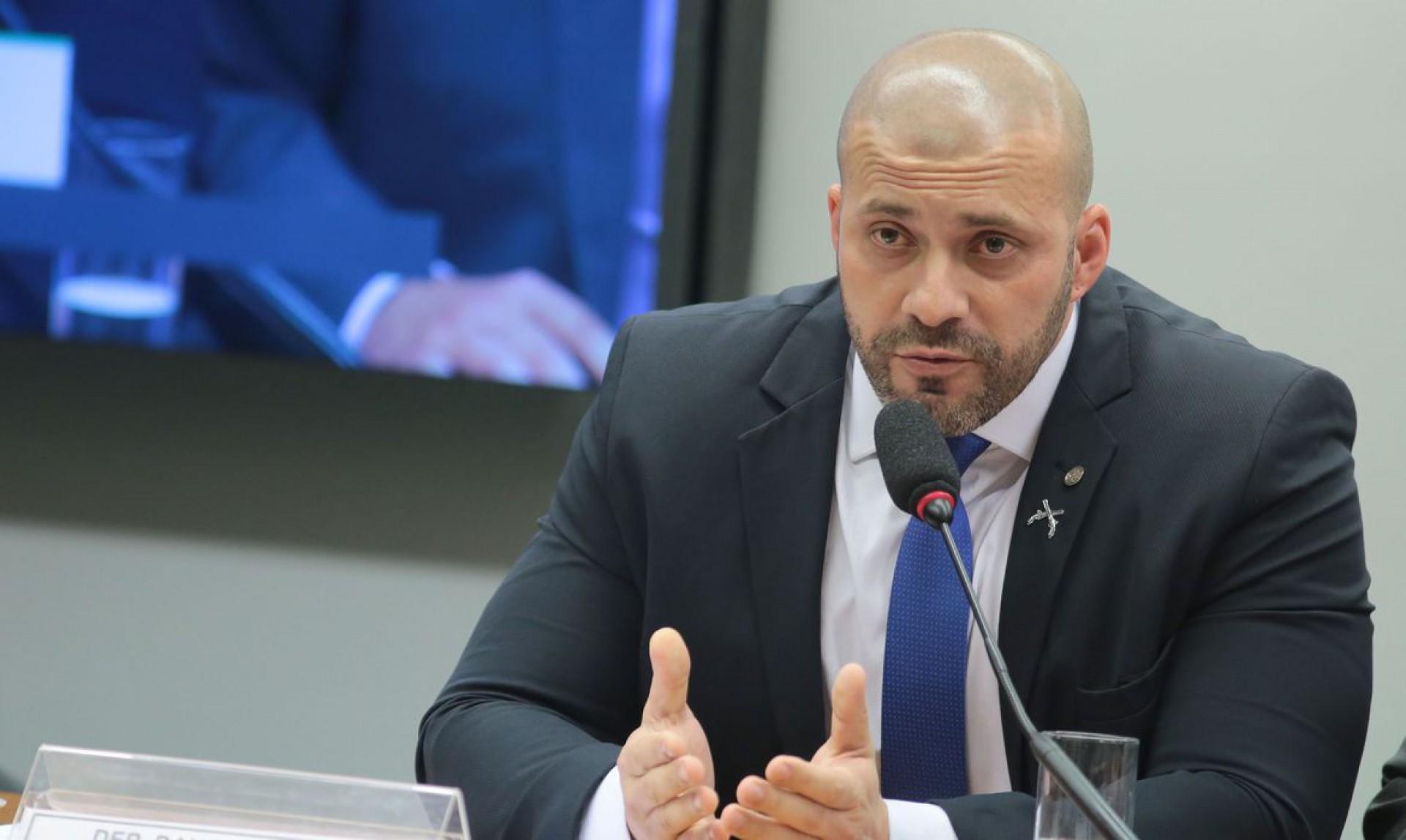 Daniel Silveira também é investigado no STF no inquérito das fake news e dos atos antidemocráticos (Foto: Plínio Xavier/Câmara dos Deputados)