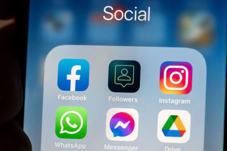 'Vida perfeita' em redes sociais pode afetar a saúde mental (Foto: )