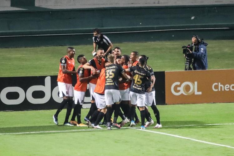 Ceará pode conseguir sua melhor pontuação na história dos pontos corridos  (Foto: JOKA MADRUGA/AE)