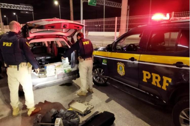 Caucaia: operação da PRF apreende mais de R$ 900 mil em cocaína (Foto: Divulgação/PRF)