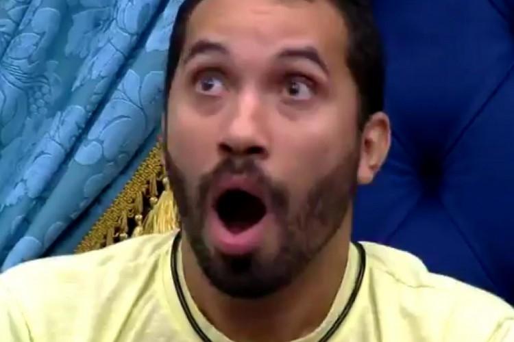 Gil demonstra surpresa ao Fiuk revelar o que Arthur disse (Foto: Reprodução/Globo)