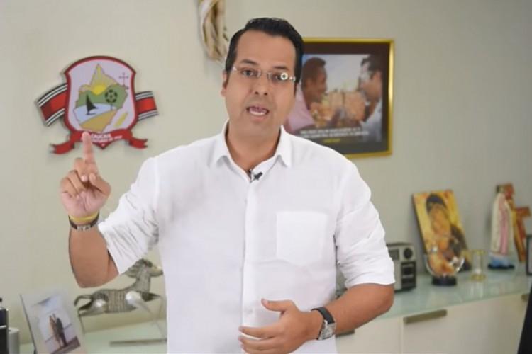 A medida foi anunciada pelo prefeito Vitor Valim (Pros) (Foto: REPRODUÇÃO)