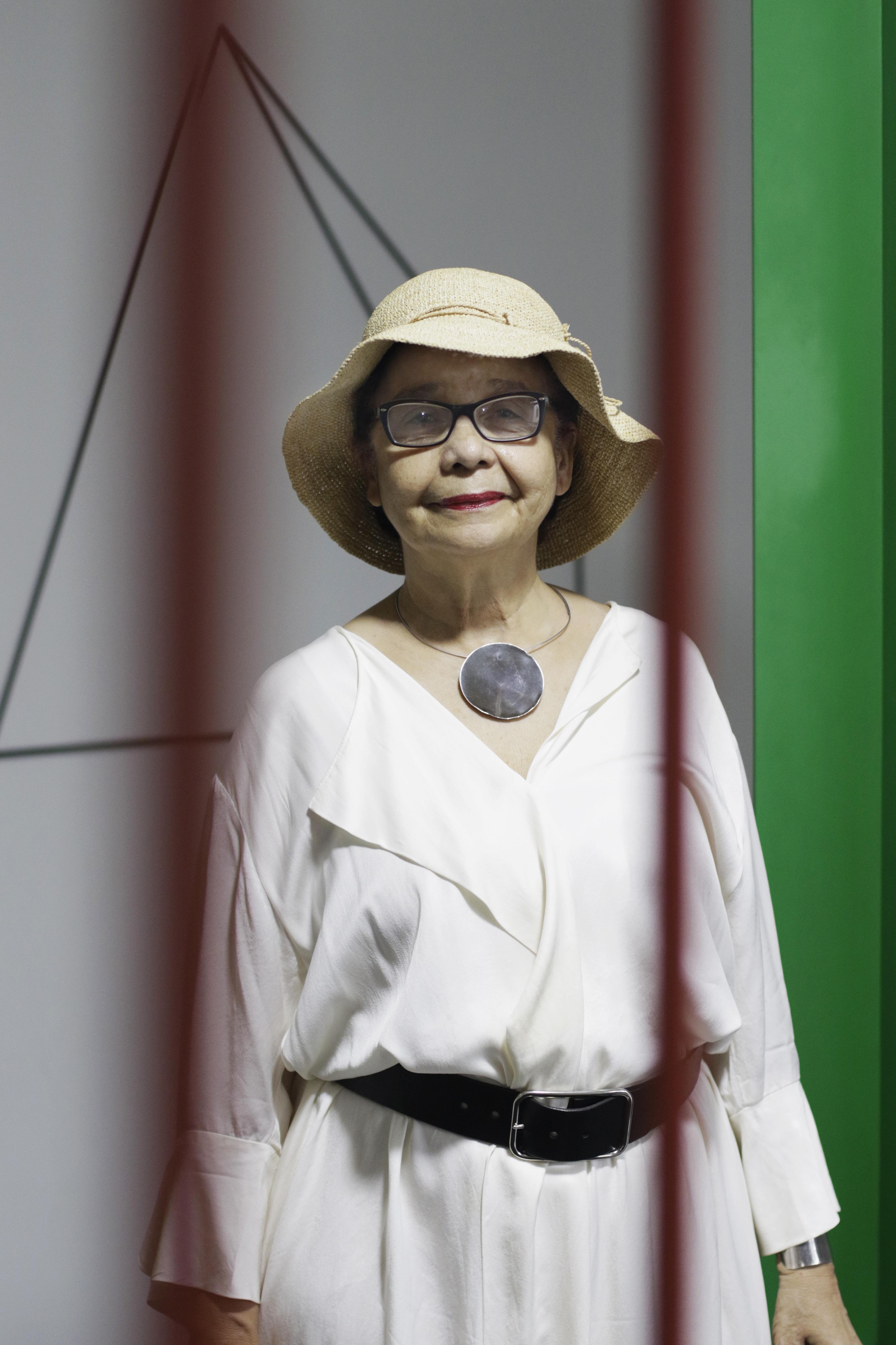 FORTALEZA, CE, BRASIL, 20.02.2021: Curadora e Artista Visual, Dodora Guimaraes (Foto: Thais Mesquita/O POVO) (Foto: Thais Mesquita)