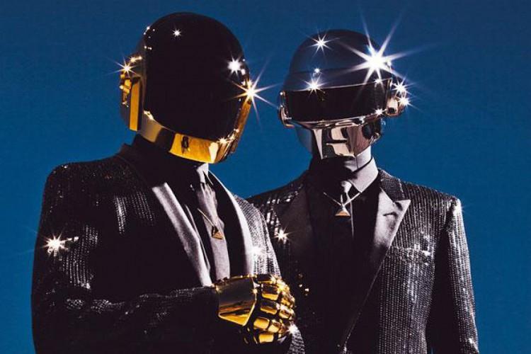 Juntos, ele ganharam cinco Grammys entre outros prêmios (Foto: Daft Punk/Divulgação)