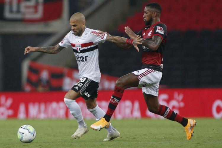 Flamengo visita São Paulo em busca de título do Brasileiro (Foto: Miguel Schincariol)