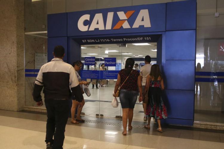 Agências da Caixa abrirão neste sábado para saque do FGTS (Foto: José Cruz/Agência Brasil)