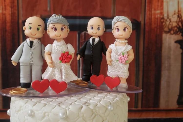 Decoração do bolo de casamento dos noivos (Foto: Cristiane leite/TV Globo)