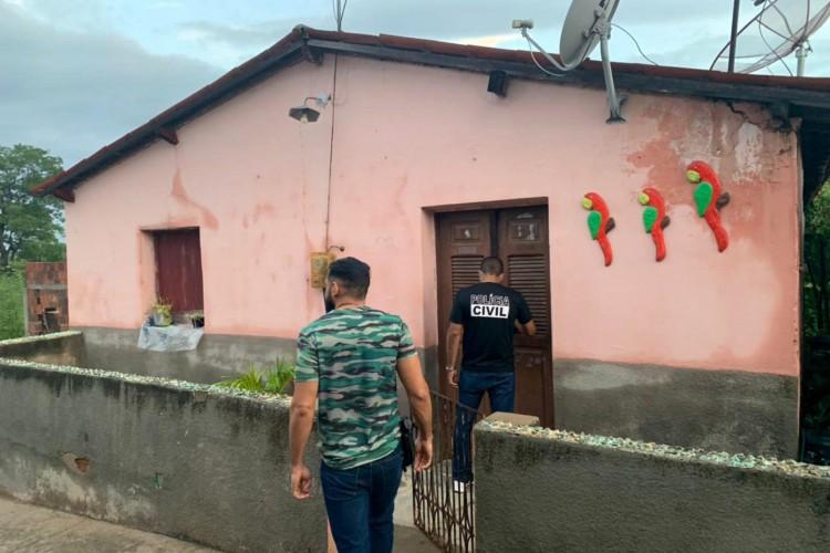 Operação deflagrada nesta quinta-feira, 25 de fevereiro, investiga contratos da Prefeitura de Varjota (Foto: Divulgação / MPCE)