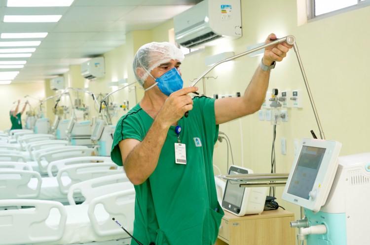 Leitos de UTI no Hospital Leonardo da Vinci, referência no tratamento de Covid-19 no Ceará