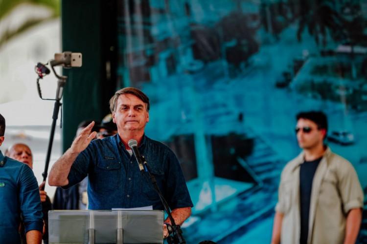 Presidente Jair Bolsonaro discursou para apoiadores nesta sexta-feira, 26, em Tianguá (Foto: Julio Caesar / O POVO)