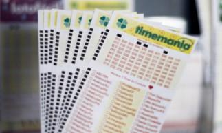 O resultado da Timemania de hoje, Concurso 1607, será divulgado na noite de hoje, terça-feira, 2 de março (02/03). O prêmio está estimado em R$ 2,8 milhões