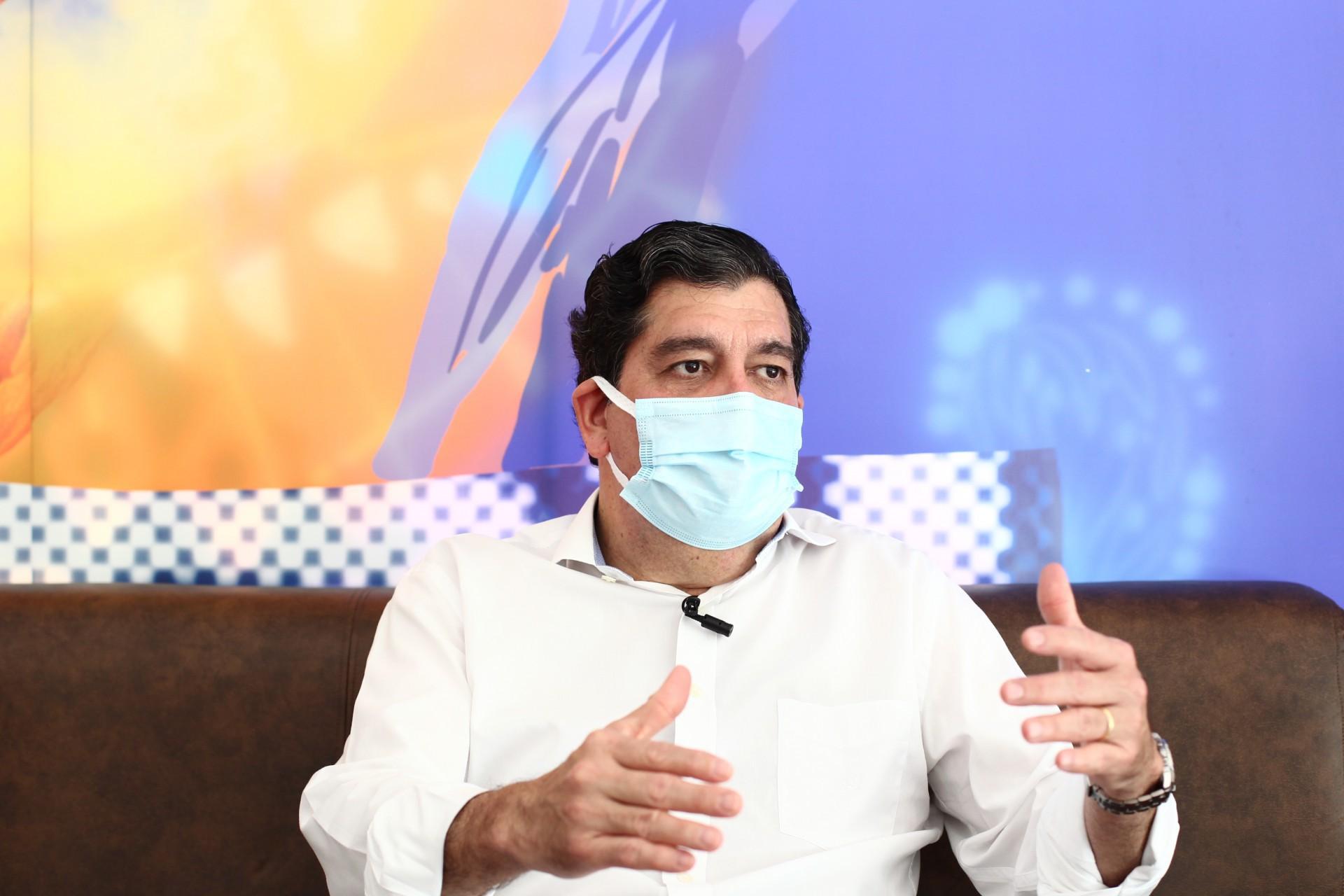 Carlos Roberto Martins Rodrigues Sobrinho, o Dr. Cabeto, secretário da Saúde do Ceará (Foto: FABIO LIMA)