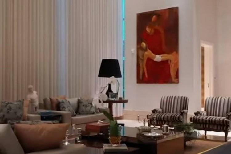 Vídeo de imobiliária mostra nova casa de Flávio Bolsonaro em detalhes (Foto: Divulgação)