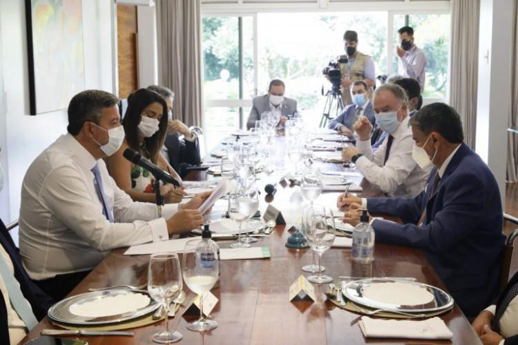 Durante reunião com governadores, Lira sugere direcionar emendas parlamentares ao combate à pandemia  (Foto: Foto: Luis Macedo/Câmara dos Deputados )