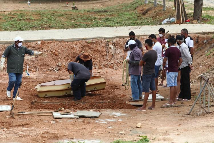 Nas últimas 24 horas, três mortes por Covid-19 foram registradas no Estado (Foto: FABIO LIMA)