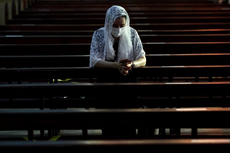 FORTALEZA,CE, BRASIL, 03.03.2021: Missas católicas durante a pandemia. Igreja de Fátima. (Fotos: Fabio Lima/O POVO) (Foto: FABIO LIMA)