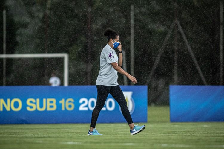 Aline Pellegrino, ex-jogadora de futebol e coordenadora de competições femininas da CBF(Foto: Adriano Fontes/CBF)