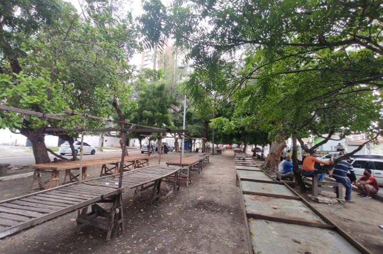 Feirinha da Cidade 2000. Primeiro dia de lockdown na cidade de Fortaleza.