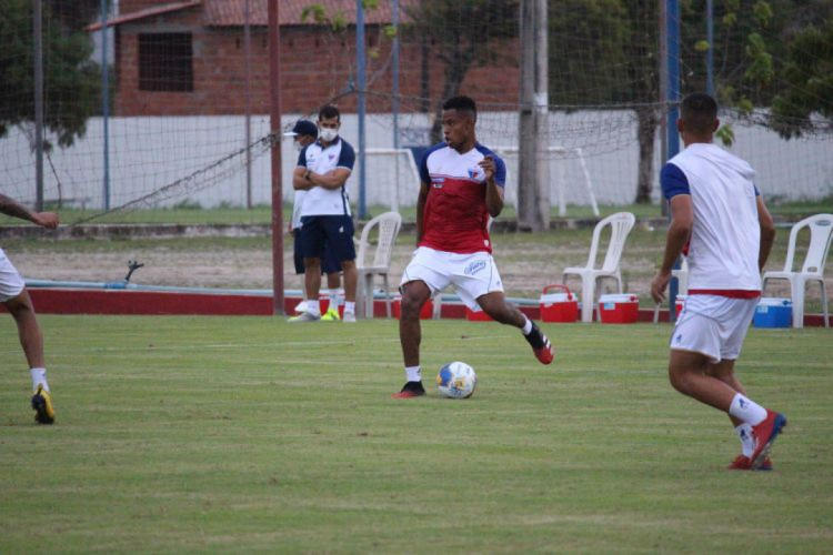 Matheus Jussa, volante do Fortaleza (Foto: Bruno Oliveira/Fortaleza EC)