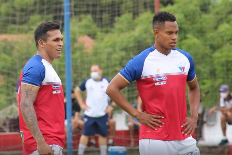 Robson e Matheus Jussa, reforços do Fortaleza para 2021, estão regularizados (Foto: REPRODUÇÃO/FORTALEZAEC)
