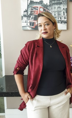 Na foto Irna Cavalcante, Jornalista(Foto: Divulgação)
