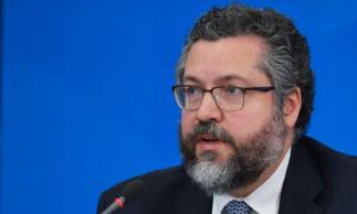 O ministro das Relações Exteriores,Ernesto Araújo, participa de coletiva de imprensa no Palácio do Planalto, sobre as ações de enfrentamento ao covid-19 no país