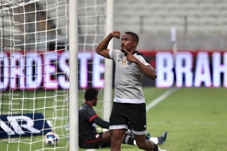 Saulo Mineiro marcou cinco gols nos últimos quatro jogos do Ceará em 2021 (Foto: Fábio Lima/O POVO)