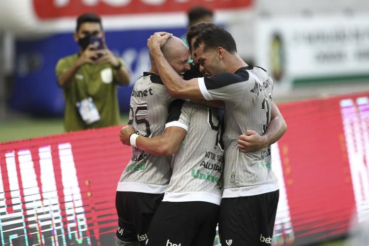 O Ceará fará mais quatro jogos em um espaço de 20 dias no mês de março (Foto: FABIO LIMA/O POVO)