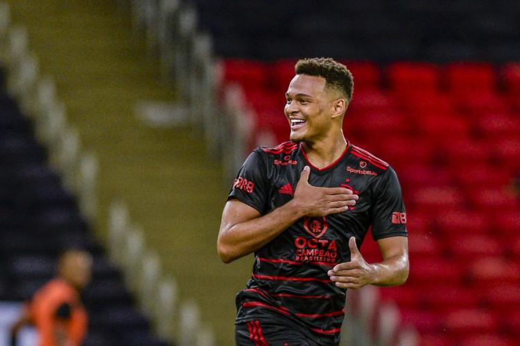 Entre os jogos de futebol de hoje, 19, destaque para Flamengo x Resende pelo Campeonato Carioca 2021 (Foto: Marcelo Cortes / Flamengo)