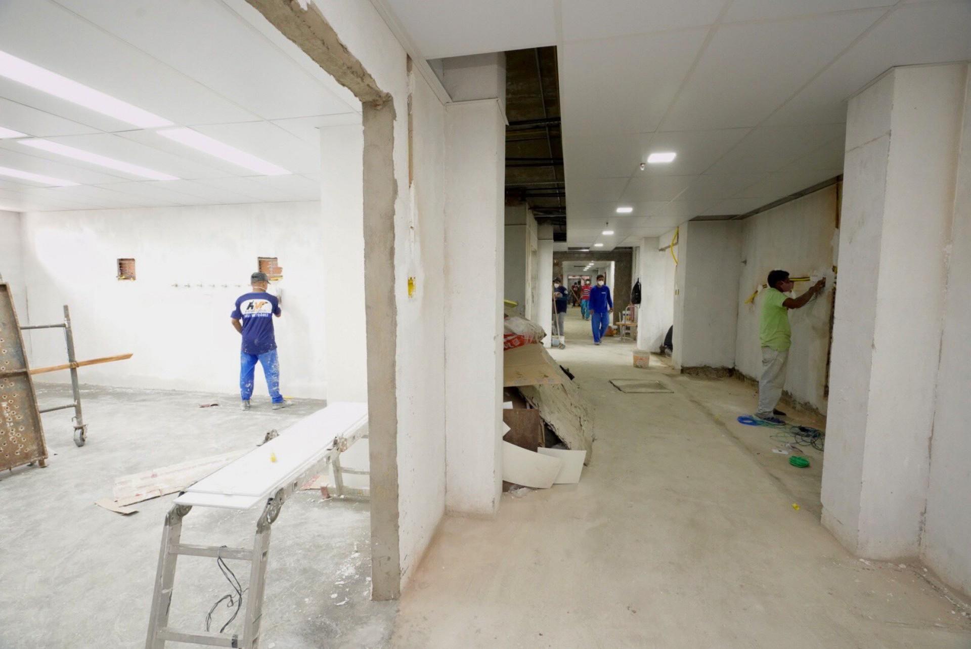Obras no Hospital Leonardo da Vinci para a construção de nova ala com 20 leitos de UTI