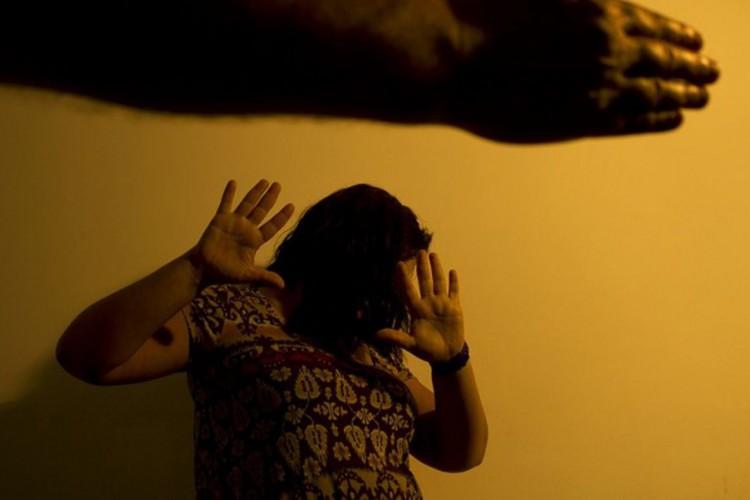 Governo registra 105 mil denúncias de violência contra a mulher  (Foto: )