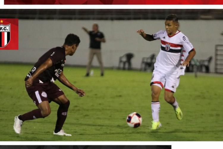 Ferroviária goleia Botafogo-SP e segue invicta no Paulista (Foto: )