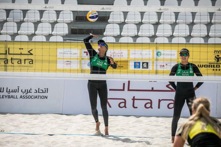 Vôlei de praia: Tainá e Victoria estão na chave principal em Doha (Foto: )