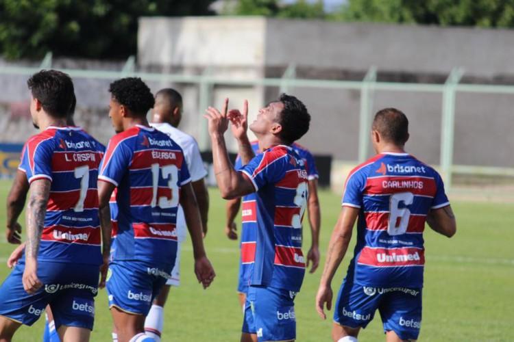 Fortaleza ainda não perdeu nenhum confronto na temporada 2021 (Foto: Bruno Oliveira / Fortaleza EC)