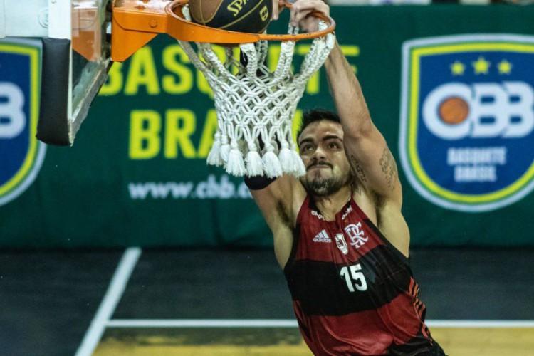 Fla Blumenau chega a seis vitórias seguidas no Brasileiro de Basquete (Foto: )