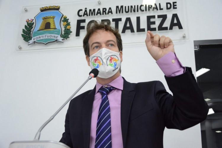 Júlio Brizzi é líder do PDT (Foto: Divulgação)