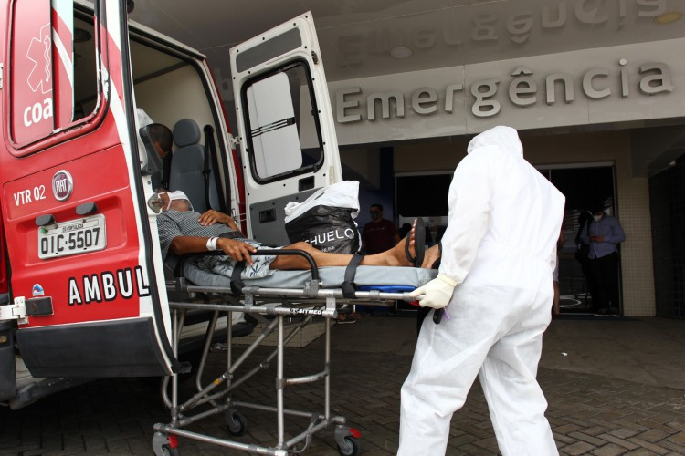 Foram registrados 1.435 casos e 39 óbitos em decorrência da infecção em relação à última atualização dessa sexta-feira, 9 (Foto: FABIO LIMA)