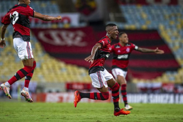 Entre os destaques dos jogos de domingo, 14, está o clássico entre Flamengo e Fluminense pelo Campeonato Carioca (Foto: Marcelo Cortes/ Flamengo)