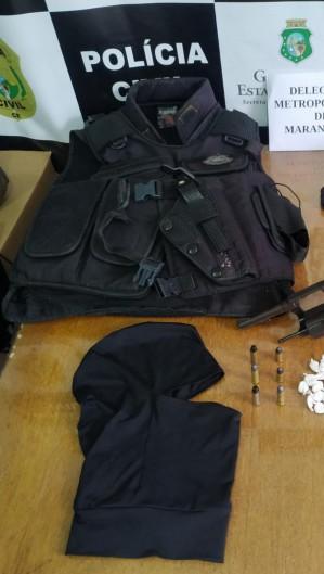 Material foi apreendido durante a prisão de quatro suspeitos de homicídio em Maranguape (Foto: Foto: SSPDS)