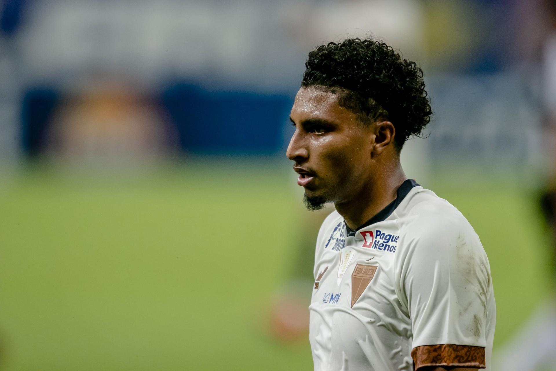 Ederson reconheceu nervosismo do Fortaleza no primeiro tempo contra o Flamengo (Foto: Aurelio Alves/O POVO)