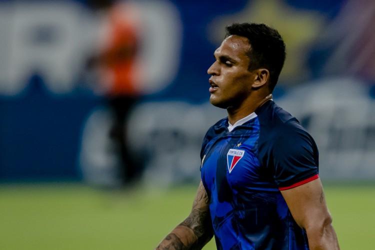Atacante Robson é uma das esperanças de gol do Tricolor diante do Canarinho  (Foto: Aurelio Alves)