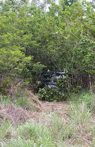 Além das armas, os suspeitos também deixaram o carro da vítima para trás